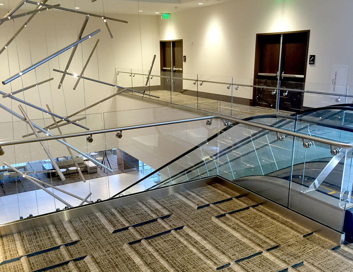 Point supported glass railing jw marriott sc